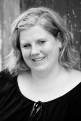 Kate Buechner headshot